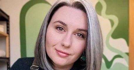 À 27 ans, elle abandonne les teintures juste avant son mariage et décide de vivre pleinement avec ses cheveux blancs