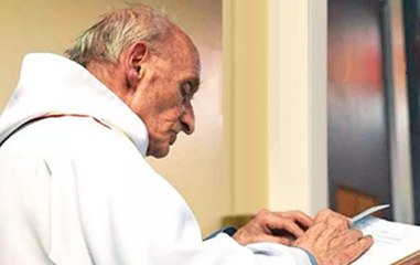 La France rend hommage au père Hamel, 5 ans après son assassinat
