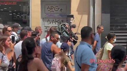 Des journalistes de France 2 agressés pendant une manifestation anti-pass sanitaire