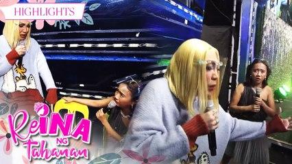 Vice Ganda teases ReiNanay Toyang because of her introduction | It's Showtime Reina Ng Tahanan
