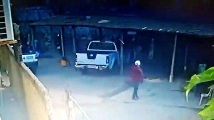 Câmeras de segurança flagram assalto em estabelecimento comercial em Sousa