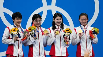 China wins women's 4×200 freestyle relay with world record