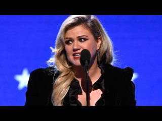 Kelly Clarkson Ordered to Pay Ex Husband Nearly $200000 Per Month in