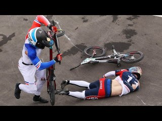 Watch BMX Defending Champ in Gnarly Crash Hospitalized