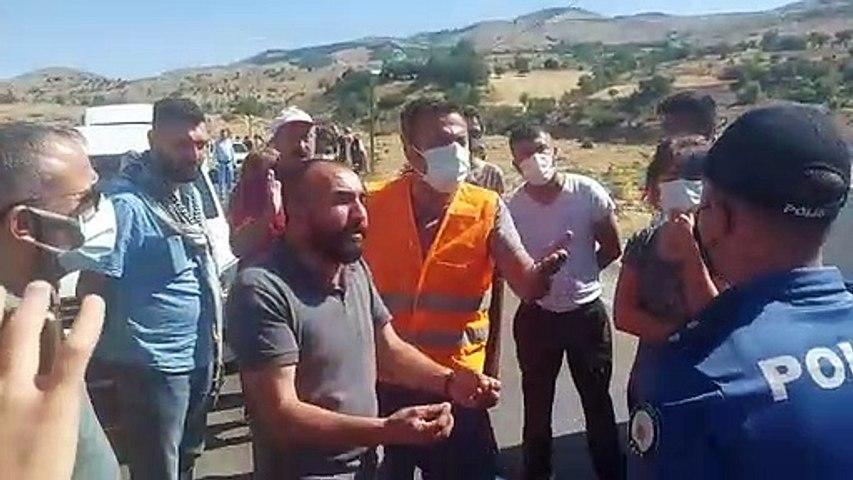 Dersim'de  yanan ormanı söndürmek için yangın bölgesine gitmek isteyenlere polis engeli