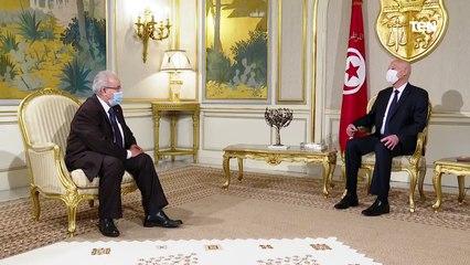 الرئيس التونسي يستقبل وزير الخارجية الجزائري في قصر قرطاج