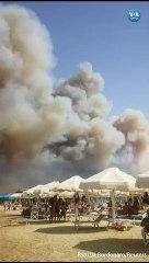 İtalya'da Orman Yangını Plajdakiler Tarafından Görüntülendi