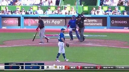 El dominicano José Ramírez disparó un jonrón en una ofensiva de tres carreras en la 10ma entrada