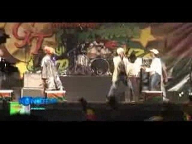 SIZZLA & CAPELTON clash live dec2007