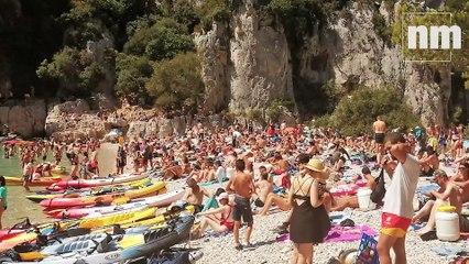 Face à la surfréquentation, les calanques de Marseille misent sur le démarketing