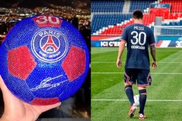 Ballon de cristal pour l'arrivée de Messi au PSG