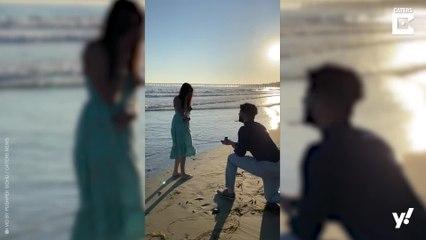 Damit hat sie nicht gerechnet: Romantischer Heiratsantrag am Strand