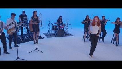 Mon Laferte - Canción Feliz