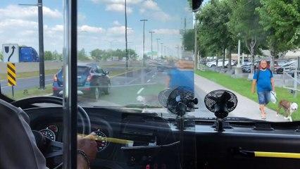 À bord d'un midibus 100% électrique du RTL