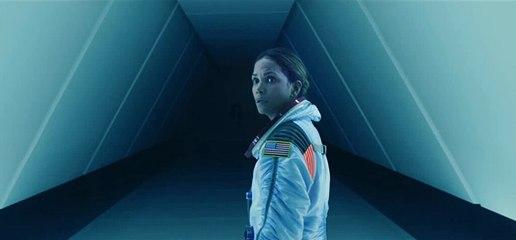 Moonfall - Trailer español