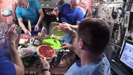 Soirée pizza dans l'ISS