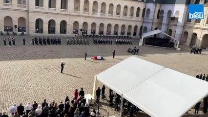 Marseillaise durant l'hommage national à Jean-Paul Belmondo