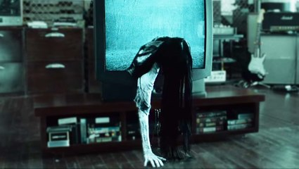 7 tricks horror movies use to scare you