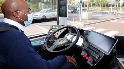 La RATP teste un bus qui se conduit sans les mains