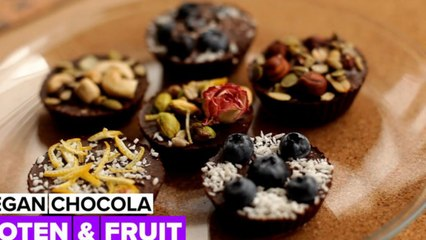 Vegan chocola met toppings