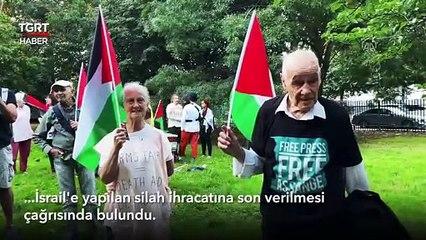 İçerde Silah Şovu Dışarı da İsrail Protestosu
