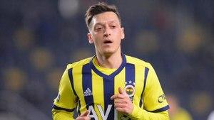 Mesut Özil oy vereceği partiyi açıkça ilan etti: Artık onun arkasındayım