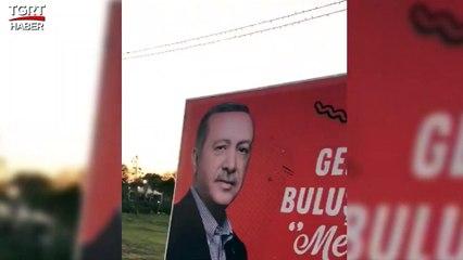 Cumhurbaşkanı Erdoğan, Gençlerle 'Meşhur' Şarkıyı Söyledi