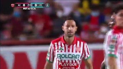 ¡GOOOOOOL! Julián Quiñones remata de tijera y abre el marcador   Necaxa 0-1 Atlas