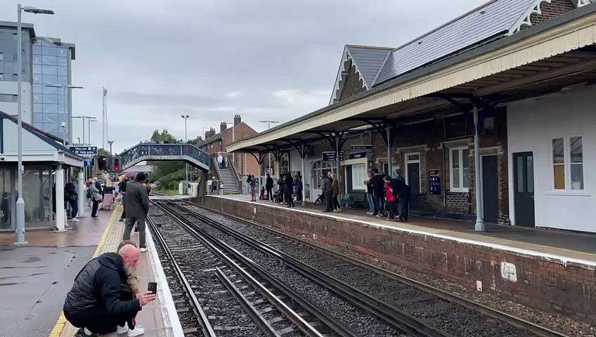 Mayflower train passes through Cosham