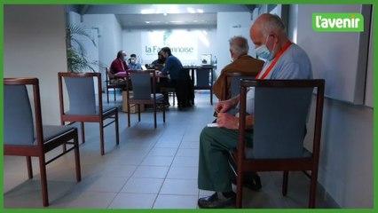 Covid : vaccination itinérante à Marloie