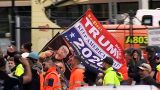 Construction workers and other groups block Westgate Bridge in Melbourne protest