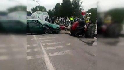 Zincirleme kazada traktör ikiye bölündü! Yaralılar var
