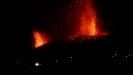 Volcano continues to erupt in the Canary Islands, forcing new evacuations