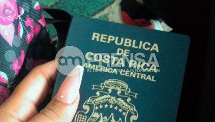 """""""¡Por favor, haga algo! Nos tienen como perros"""": Tica vivió pesadilla en Cancún"""