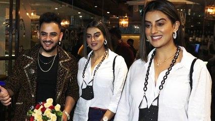भोजपुरी अदाकारा Akshara Singh पहुंची Millind Gaba की पार्टी में ,वाइट शर्ट में लग रही है बेहद खूबसूरत
