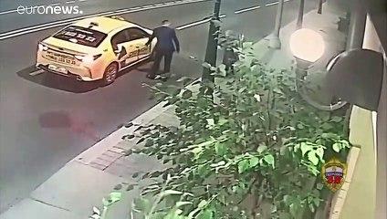 شاهد: عجوز روسية عمرها 70 عاماً تعارك لصّاً حتى هروبه
