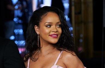 Rihanna acha o sucesso 'assustador'