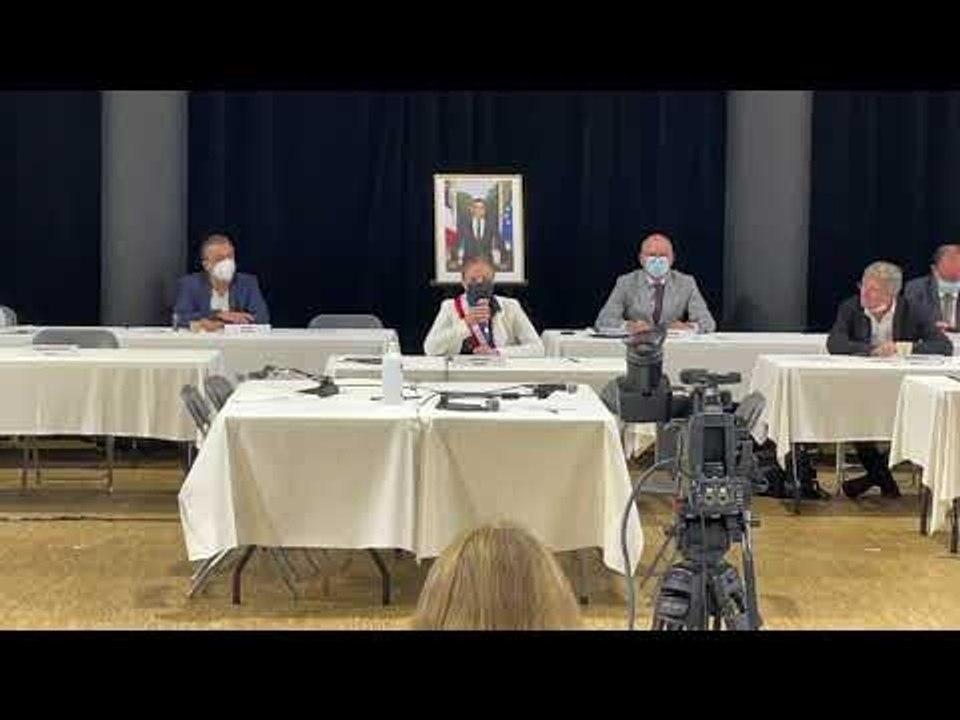 Aix : sans surprise, Sophie Joissains élue maire par le conseil municipal