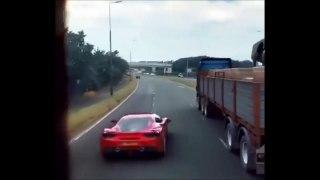 Au volant de sa Ferrari il nous montre comment on peut semer une voiture de police