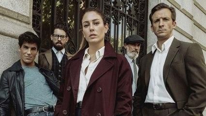 Seriemente: 'Jaguar' y 'Misa de Medianoche', o lo peor y lo mejor de Netflix