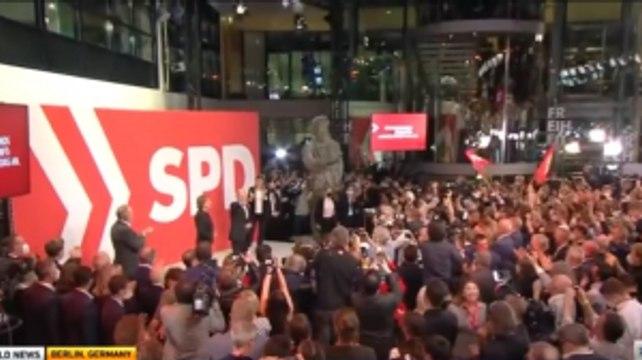Social Democrats Narrowly Beat Merkel's Party