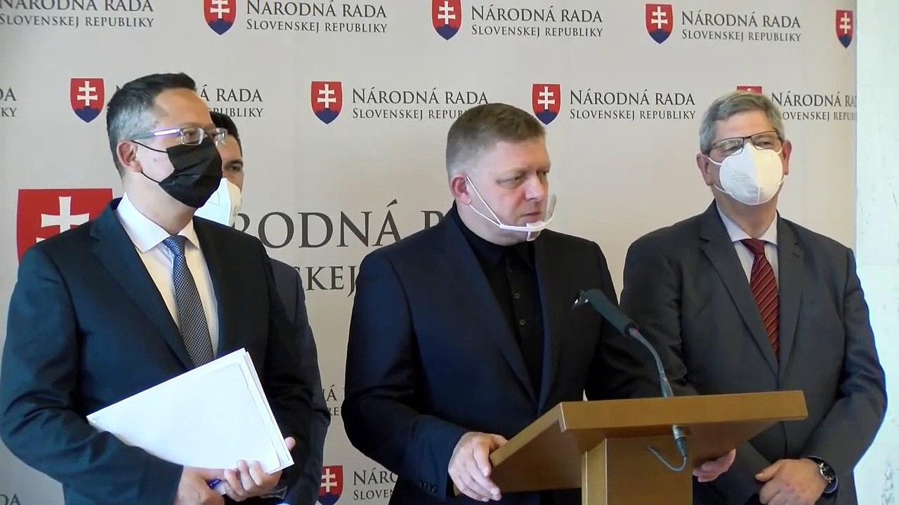 ZÁZNAM: O zmene ústavy, podmienkach referenda a ziskoch bánk - TK strany Smer-SD