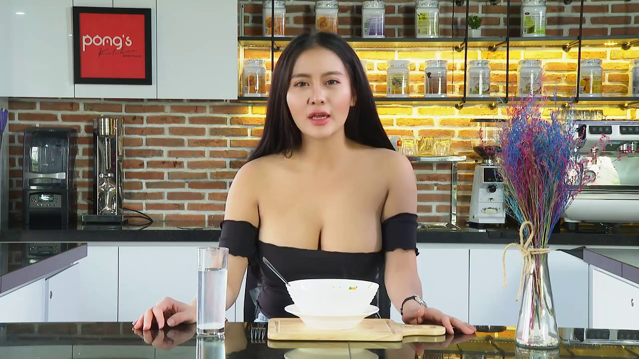 Beautiful girl Cooking-How To Cook POTATO SOUP