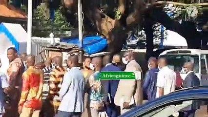Convoqués par le colonel Doumbouya, les DAF rejoignent le palais Mohamed V
