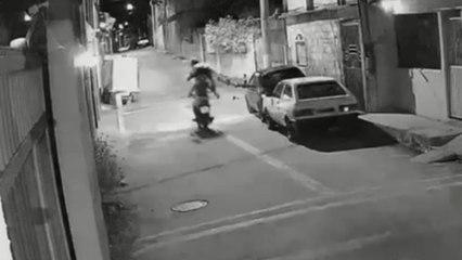 """Carona """"voa"""" de moto em fuga da Polícia Militar no ES"""