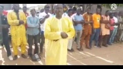 Religion : Aussitôt libéré,  Nanfo Diaby reprend ses prières en Maninka