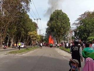 Mobil Pengangkut BBM Terbakar di Jekan Raya, Palangka Raya