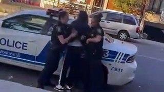 Ces 2 policières ont beaucoup de mal à arrêter un jeune homme dans la rue (Montréal)