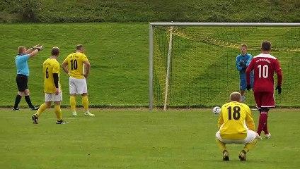 Das 3:2 durch Willi Dellemann (Bovender SV) gegen den TSV Nesselröden