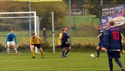 Der Elfmeter der SG Lenglern/Harste gegen Göttingen 05 II in Entstehung und Vollendung durch Oliver Waas